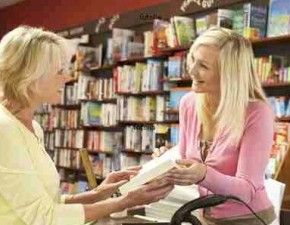Hand selling books with socialmedia